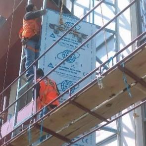 instalacion_panel_aluminio_construccion_GRUPO_MAUCH02